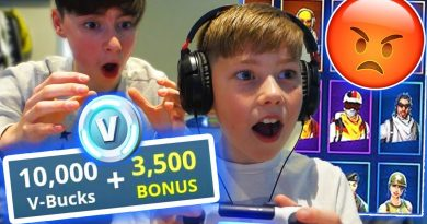 Kid Spends $3000 on Fortnite with Brothers credit card... 4