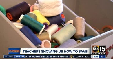 Pop-up shop helping teachers save money in Goodyear 2