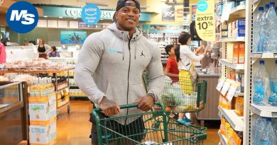 Grocery Shopping with Men's Physique Champion Brandon Hendrickson 4