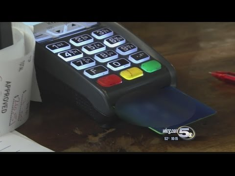 When To Use a Credit Card Vs Debit Card 1